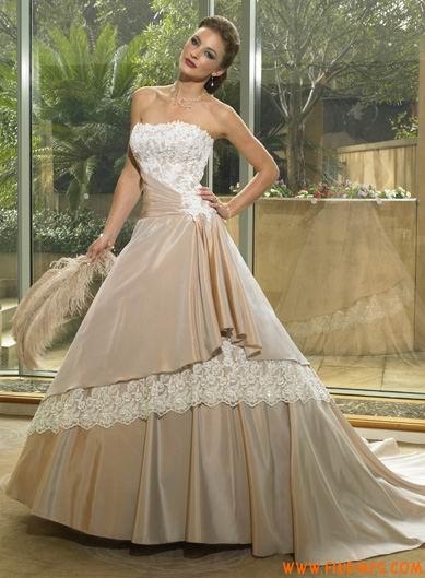 encontre toda beleza nos vestidos de noiva tomara que caia max dicas. Black Bedroom Furniture Sets. Home Design Ideas
