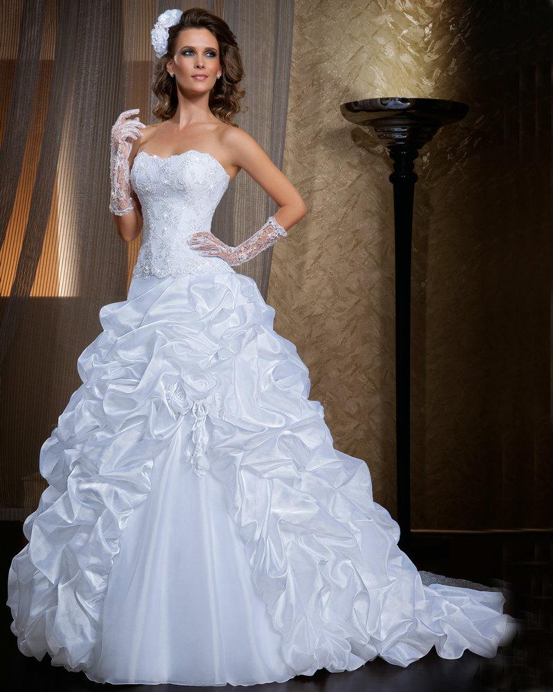 vestidos com babados de noiva