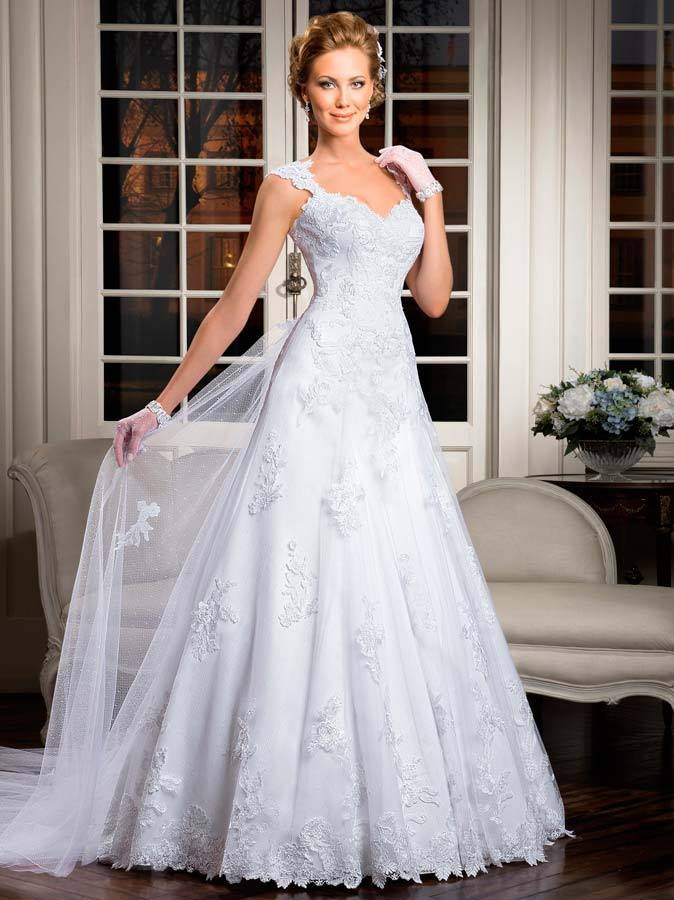vestidos com renda e tule de noiva
