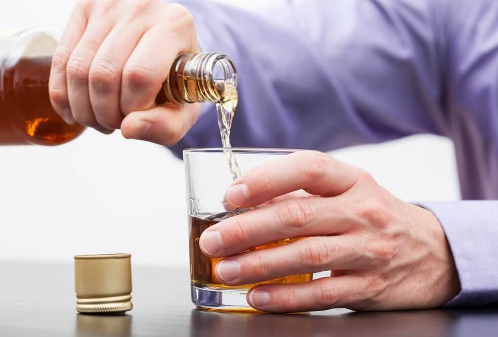 consumo de álcool está ligado a 7 tipos de cancer